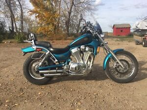 1995 Suzuki Intruder 1400 in mint shape