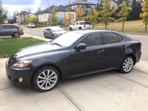 2008 Lexus IS250 AWD Premium Package with Snow Mode
