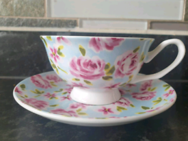 FINE BONE CHINA CUP AND SAUCER GREAT AS GIFT
