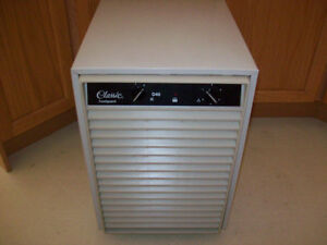 DEHUMIDIFIER ( ENERGY STAR )