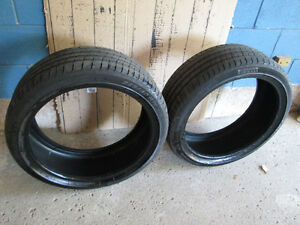 Pirelli P Zero Run Flat 225/40/19 Tires Pair