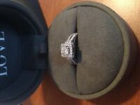 selling Vara Wang Engagment Ring!