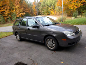 2007 Ford Focus wagon, for parts or project