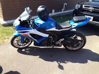2009 gsx-r 600 asking 7000 or trade on a boat of equal value