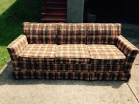 Sofa bed couch - Fort Erie area