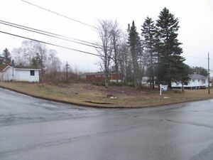 NICE CORNER LOT LOCATED IN GRAND FALLS