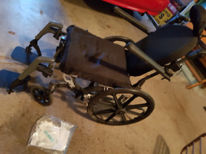 Fuze T20 - Passive Wheelchair with leg rests