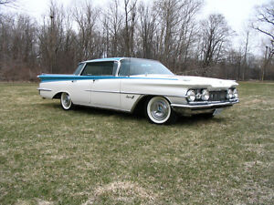 1959 Oldsmobile Super Eighty-Eight Sedan