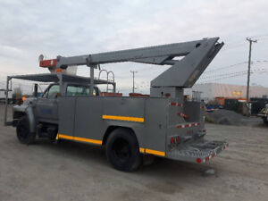 Nacelle 1989 Ford F-750