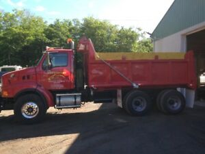 CAMION DENEIGEMENT STERLING 2003