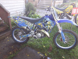 2001 yz 125 . all redone with extras $2500 obo