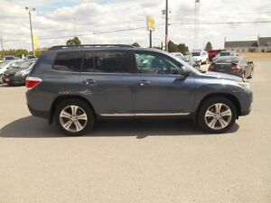 2012 Toyota Highlander Sport 4WD Peterborough Peterborough Area image 7
