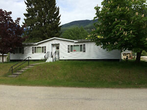 Spacious and Comfortable in Riondel, B.C.