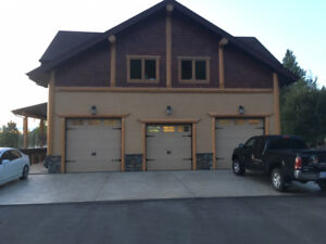2 Bedroom Coach House Salmon Arm