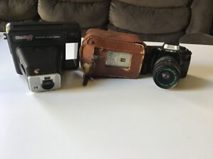 Lot of 3 Vintage Camera's. FOR PARTS/REPAIR