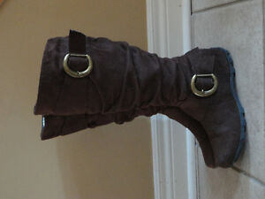 DLG Women's brown suede fashion winter boots Size 6.5 Like new London Ontario image 3