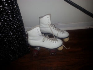 great shape-white,ladie's,sie 8.....from Dominion roller skate's