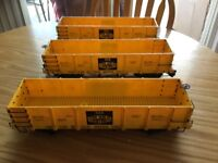 G Scale model trains 3 Cars 30 Dollars