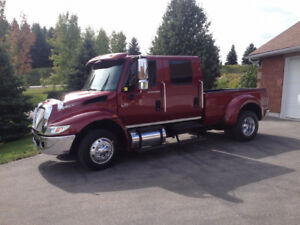2006 International Harvester Other 4300 Low Pro Pickup Truck