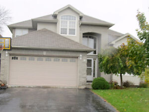 16 Susan Crt, Lindsay - 2919 Sq Ft Custom Home