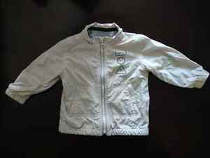 Old Navy fall/spring jacket - 12-18 months London Ontario image 1