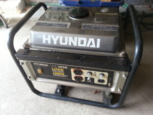 Hyundai generator for sale (HDD 1250) - needs ignition coil