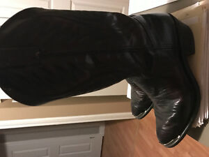 Authenic cowboy leather boots size 10 or 101/2
