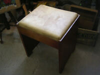 1930s LIFT TOP SEWING PIANO VANITY BENCH SEAT $30
