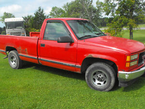 1998 GMC HALF TON -RED-