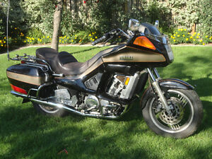1986 1300cc yamaha venture royale (goldwing)