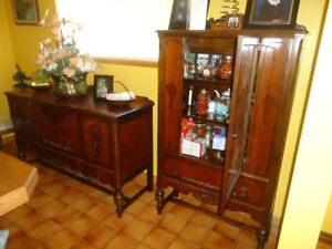 3 PIECE  ANTIQUE  DINING ROOM SET FROM 1920'S ERA