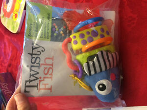 Discovery toys twisty fishy rattle London Ontario image 1