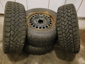 Winter tires with rims 205 65 R15 - 205 65 15