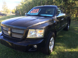 2011 Dodge Dakota SLT Pickup Truck