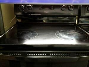 "*** USED *** WHIRLPOOL 30"" BLACK CERAN TOP RANGE   S/N:R22310805   #STORE548"