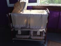 Contours Classique 3-in-1 Bassinet and Change Table