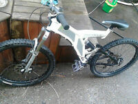 Norco VPS-Drop mountain bike w Magnesium Hydraulic Disc breaks!