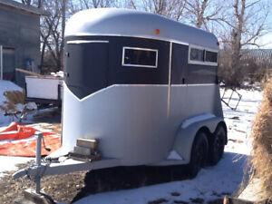 Wy-Lee Horse Trailer, 2 horse