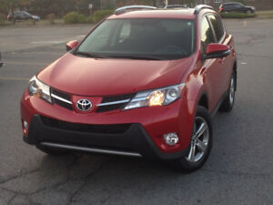 2015 Toyota Rav4 XLE Auto SUV ONLY 39000KMS! CERTIFIED!