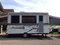 2010 ROCKWOOD HIGHWALL TENT CAMPER