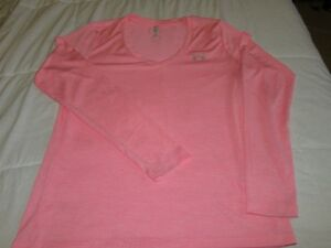 Women's Under Armour tech top