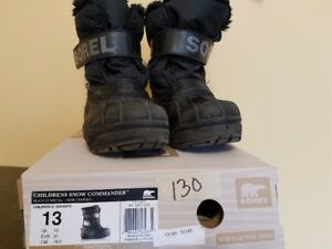 Sorel Snow Commander Winter Boots Childrens Size 13
