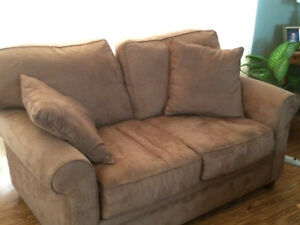 Counch / Love seat