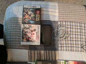 Nintendo 3DS with two games