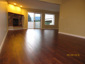 Spacious 4 Bedrooms in Downtown