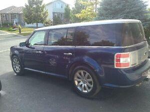 2011 Ford Flex Limited Sedan