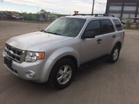 2009 FORD ESCAPE XLT SUV - V6 - 4WD – GREAT CONDITION, LOW KM!!!