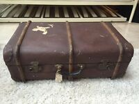 "Vintage 2'6"" steamer trunk"
