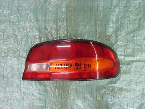 Nissan Altima Right Tail Light 1993-1995