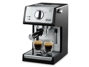 DeLonghi Expresso & Cappuccino maker 15 bar